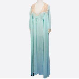Vintage Dreamaway Penoir Nightgown Robe Set